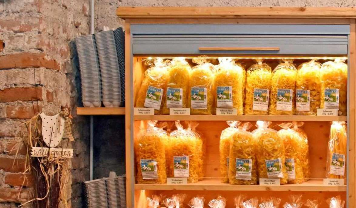 Auf dem Bauernquelle Bauernmarkt gibt es Schmankerlnudeln vom Dinkelhof